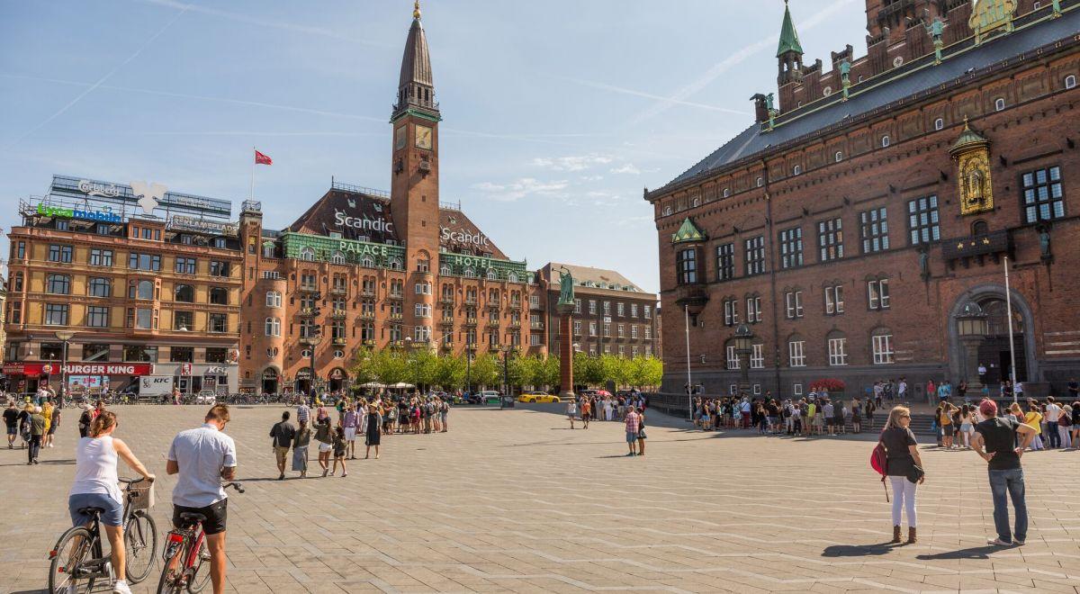 Copenhagen Radhuspladsen-city hall square