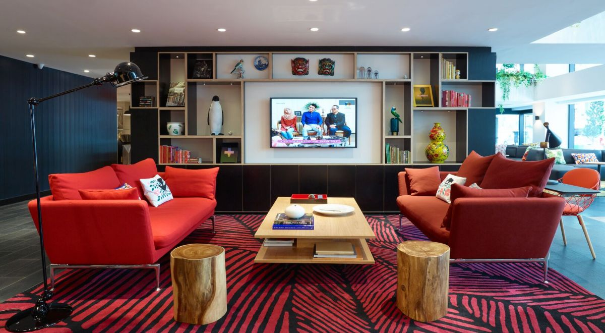 citizenM Kuala Lumpur hotel - livingroom