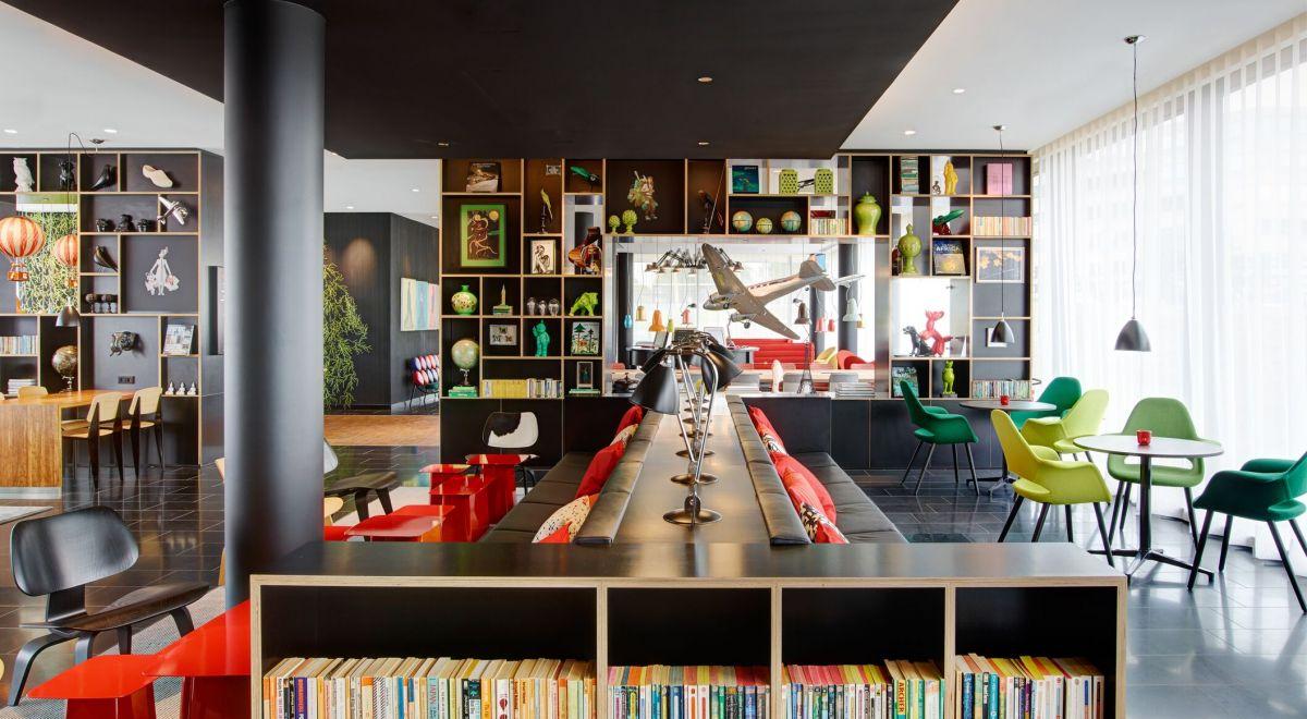 citizenM Paris Charles de Gaulle airport - livingroom